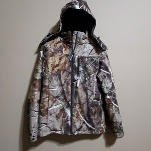 Real tree women's hunting jacket